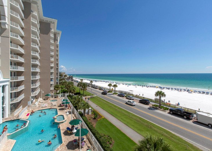 Newly Renovated 3BR/3BA condo on 2nd floor, sleep 10 with an amazing gulf view. #56