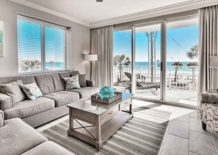 Newly Renovated 3BR/3BA condo on 2nd floor, sleep 10 with an amazing gulf view. #12