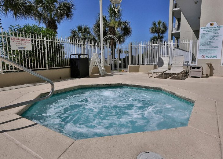 Newly Renovated 3BR/3BA condo on 2nd floor, sleep 10 with an amazing gulf view. #58