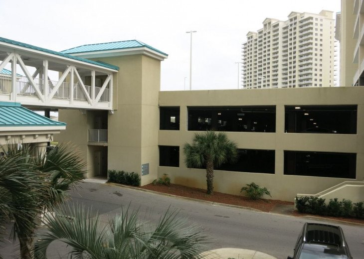 Newly Renovated 3BR/3BA condo on 2nd floor, sleep 10 with an amazing gulf view. #33
