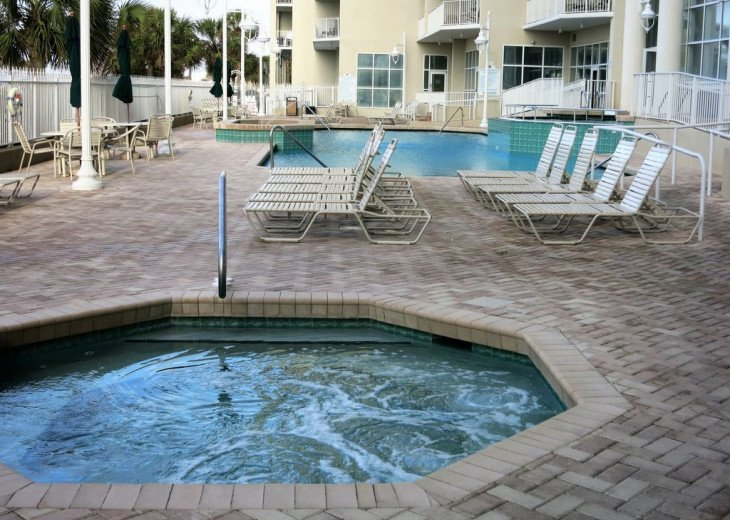 Newly Renovated 3BR/3BA condo on 2nd floor, sleep 10 with an amazing gulf view. #28