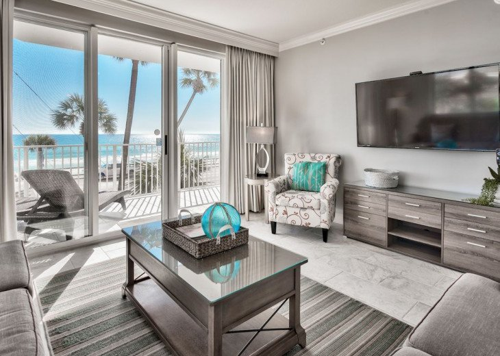 Newly Renovated 3BR/3BA condo on 2nd floor, sleep 10 with an amazing gulf view. #11
