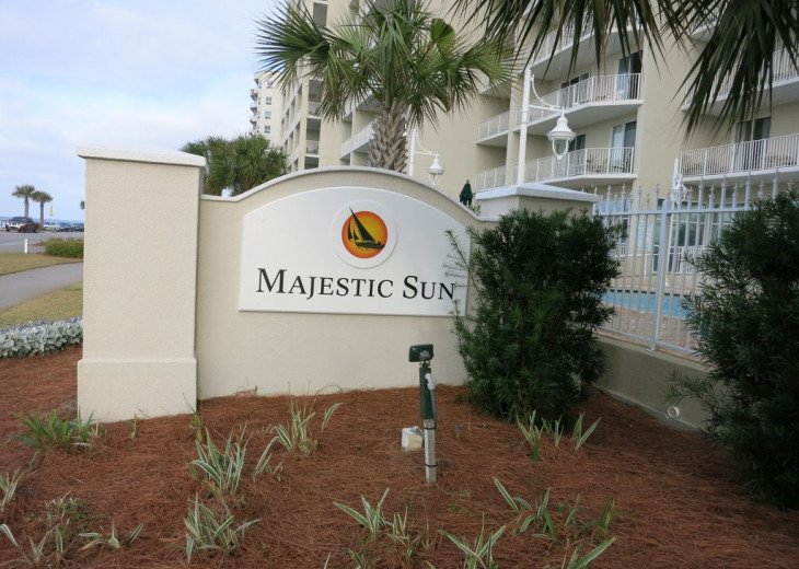 Newly Renovated 3BR/3BA condo on 2nd floor, sleep 10 with an amazing gulf view. #35
