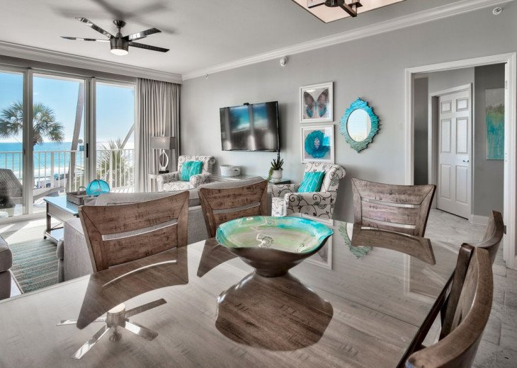 Newly Renovated 3BR/3BA condo on 2nd floor, sleep 10 with an amazing gulf view. #7