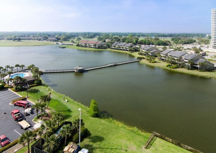 Newly Renovated 3BR/3BA condo on 2nd floor, sleep 10 with an amazing gulf view. #38