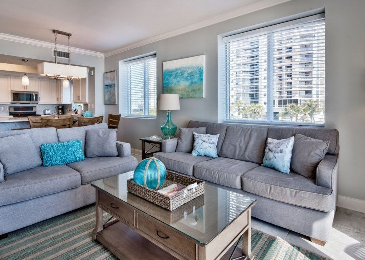 Newly Renovated 3BR/3BA condo on 2nd floor, sleep 10 with an amazing gulf view. #13