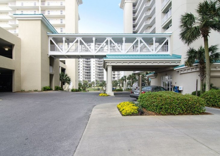 Newly Renovated 3BR/3BA condo on 2nd floor, sleep 10 with an amazing gulf view. #39