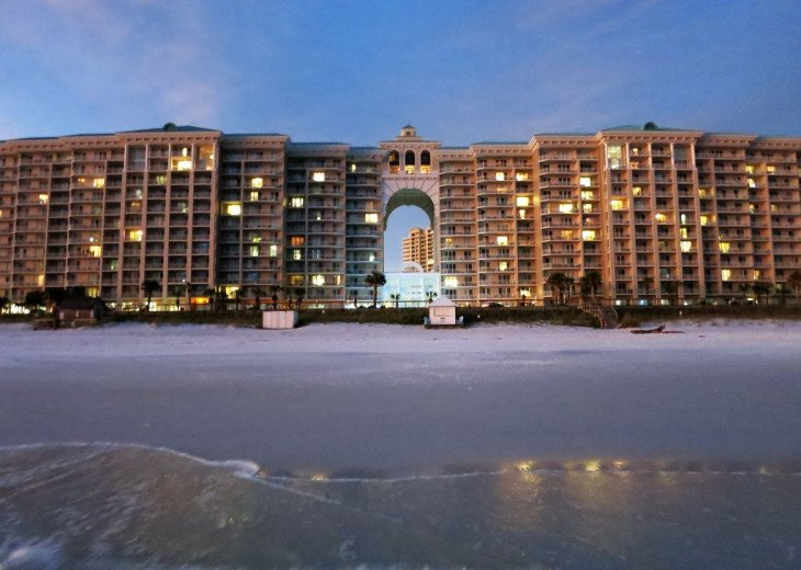 Newly Renovated 3BR/3BA condo on 2nd floor, sleep 10 with an amazing gulf view. #46