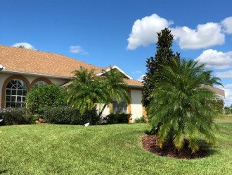 Well maintained landscaping and lawn