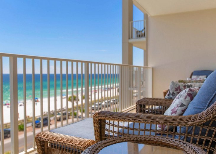 Majestic Sun - Unit 404B - Deluxe Spectacular Gulf Views! #15