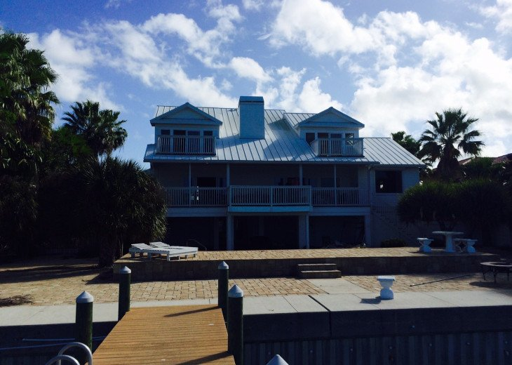 Waterfront Island Vacation House Completely Furnished w pool dock w boat lift #9