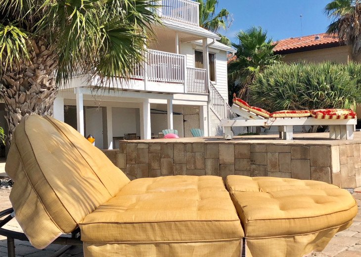 Waterfront Island Vacation House Completely Furnished w pool dock w boat lift #70