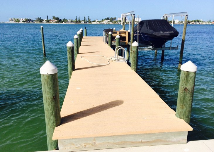 Waterfront Island Vacation House Completely Furnished w pool dock w boat lift #5
