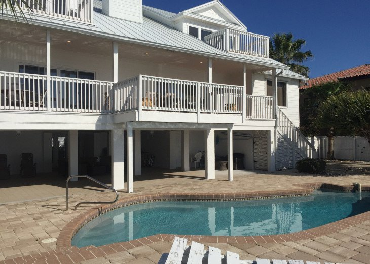 Waterfront Island Vacation House Completely Furnished w pool dock w boat lift #2
