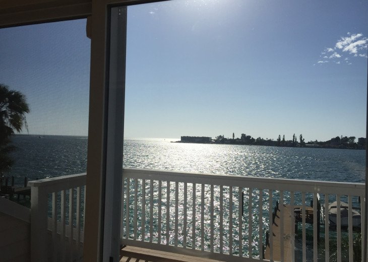 Waterfront Island Vacation House Completely Furnished w pool dock w boat lift #10