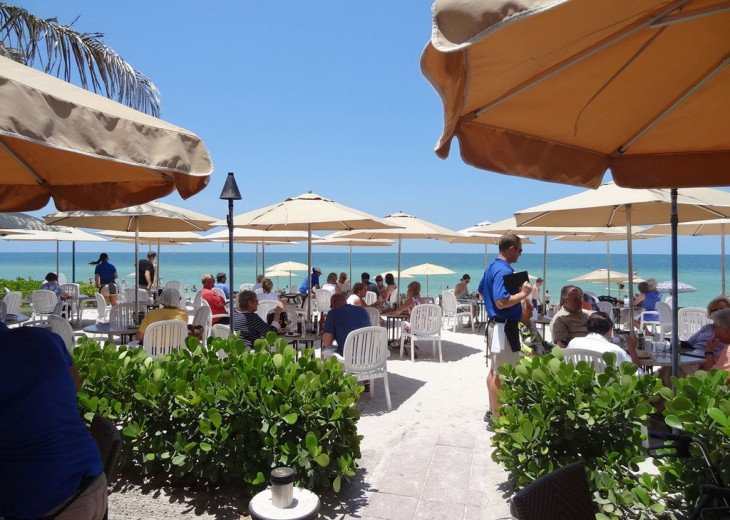 Turtle Club beach restaurant