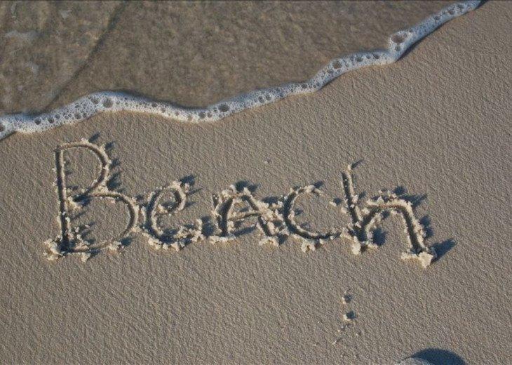 Breezy #25 - Beachfront Condo - Teacher/Military/Police Discount #25