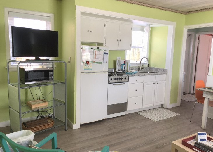 Sunset Inn & Cottages- 1 Bdrm/1 Bath-#1 on Trip Advisor- Treasure Island FL #9
