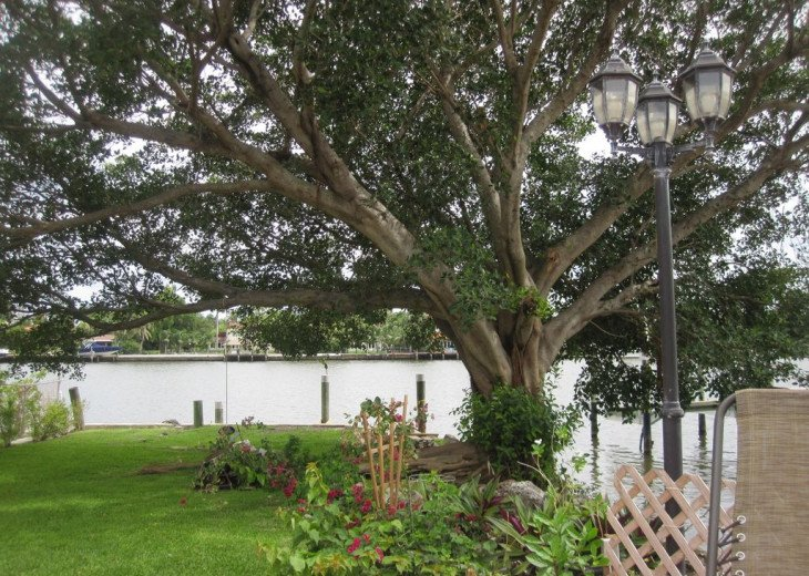 Exclusive Waterfront Home- 1-mile to beach, on Intercoastal, Heated Pool #20