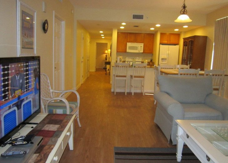 On-the-Beach+Strip, Huge End Unit, 270 Deg View; FREE: Beach Srv+SecWiFi+TV Apps #6