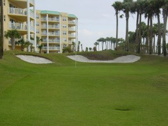 Free play executive par 3 golf course