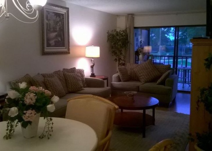 A Delightful Condo Situated In Ventura Golf & Country Club #23