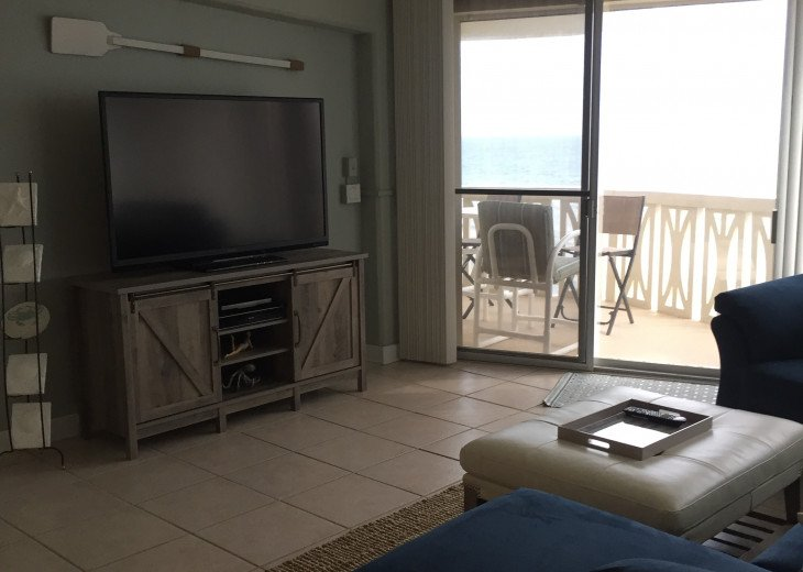 Oceanfront Penthouse - Monthly Rentals Only #10