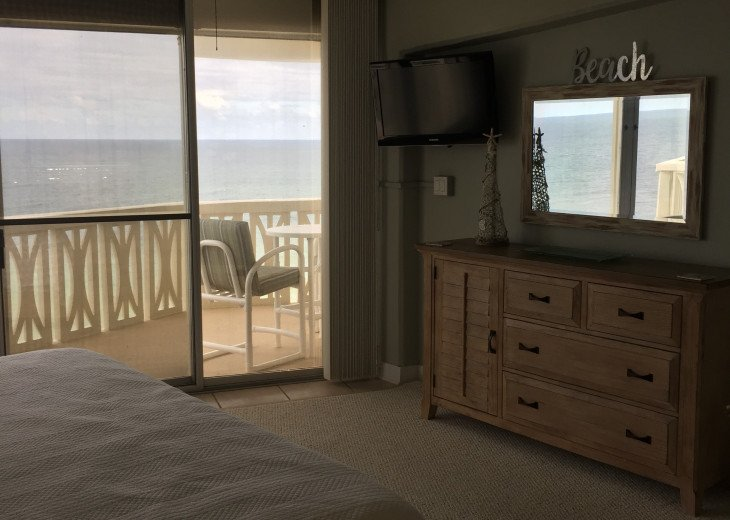 Oceanfront Penthouse - Monthly Rentals Only #19