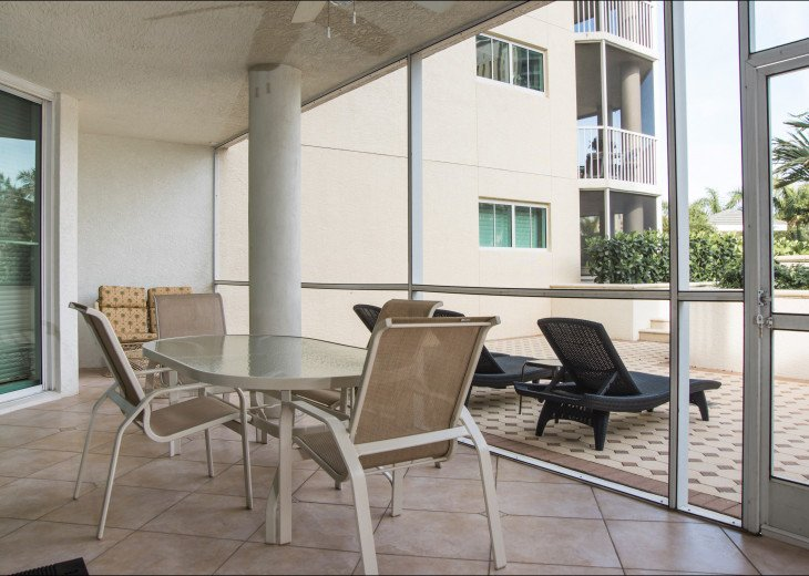 The Dunes of Naples - 3 BR/3 BA in the Cayman Building #20