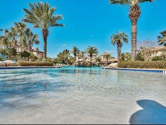 Polka Dot Bikini: Lux. Home, Walk to the Beach, Wi-Fi, Grill, Resort-style Pool #1