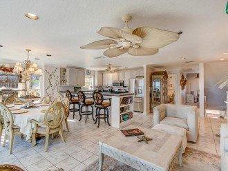 2nd Floor Kitchen/Dining room/Livingroom overlooking the ocean
