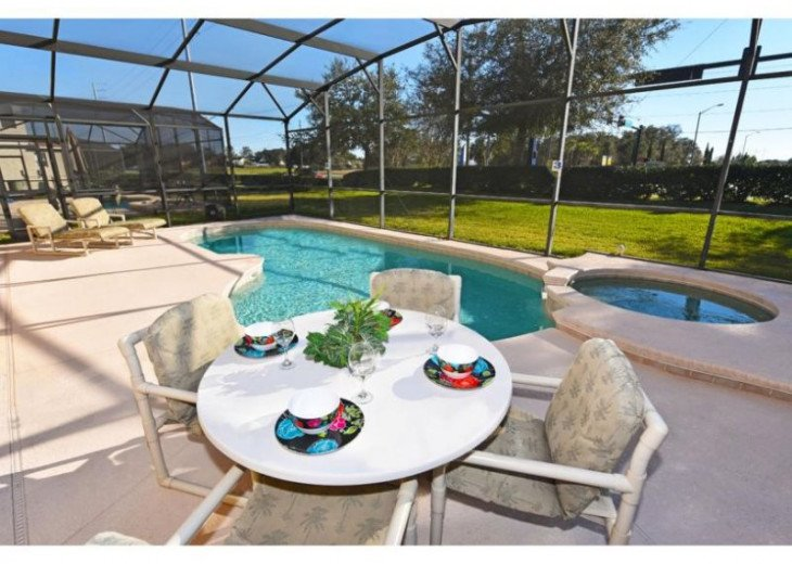 Discover Windwood Bay and enjoy this 4 bedroom vacation pool home #19