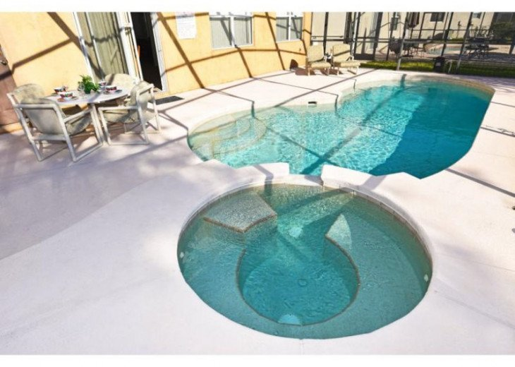 Discover Windwood Bay and enjoy this 4 bedroom vacation pool home #20