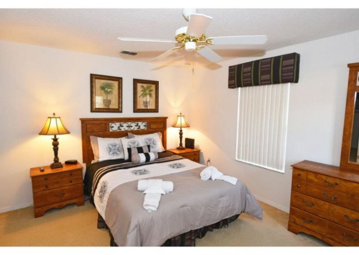 Discover Windwood Bay and enjoy this 4 bedroom vacation pool home #15