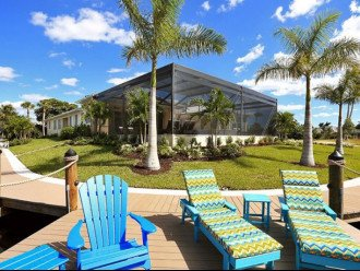 Bahama Breeze - Large Pool & Spa Facing to the Southwest on Intersecting Canals #1