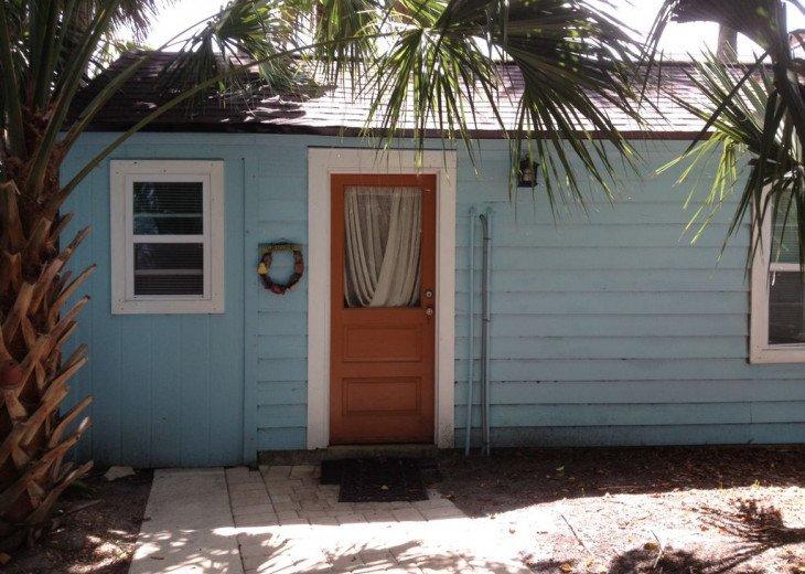 Cozy Cottage! Walk to Beach/Restaurants/Shopping. Watersport Rentals. Free WiFi #22