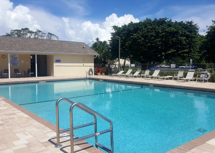 Waterside Village is located in the heart of Palm Beach County (pet-friendly) #16