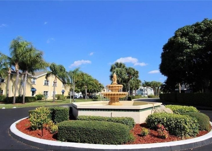 Waterside Village is located in the heart of Palm Beach County (pet-friendly) #13