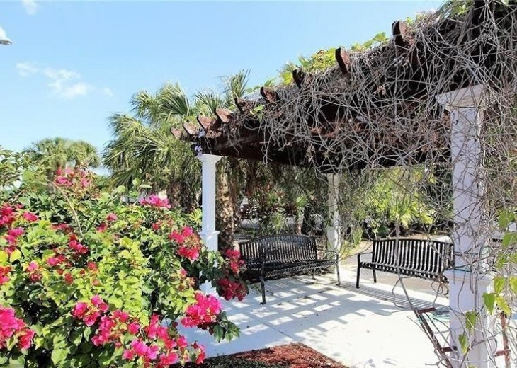 Waterside Village is located in the heart of Palm Beach County (pet-friendly) #14