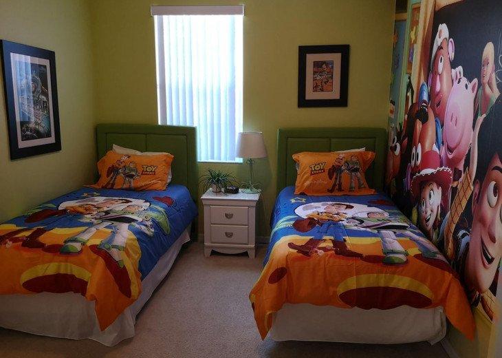 Close to Disney World Orlando Luxury 6BR/4.5BA South Facing Pool #25