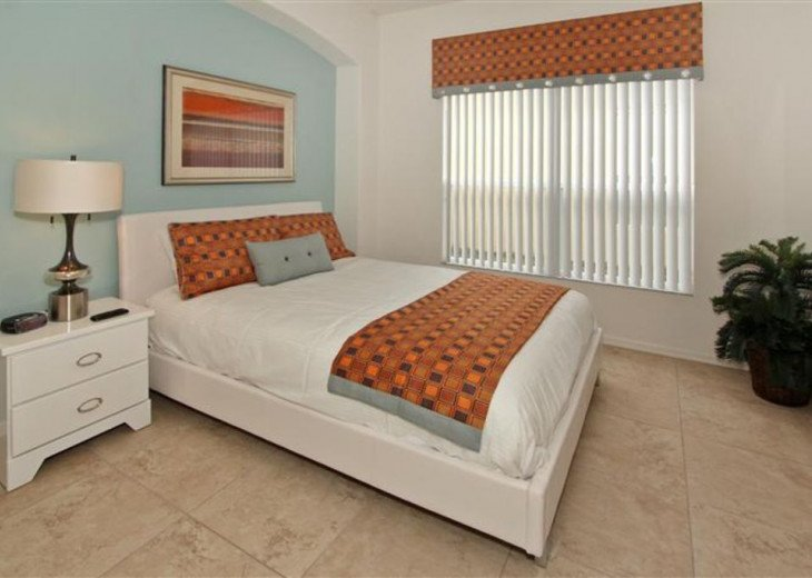 Close to Disney World Orlando Luxury 6BR/4.5BA South Facing Pool #17