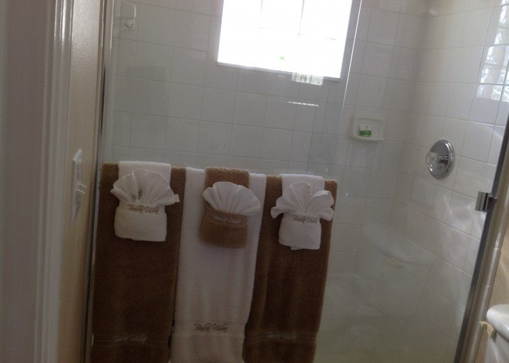 Queen master ensuite with extra large stand up shower!