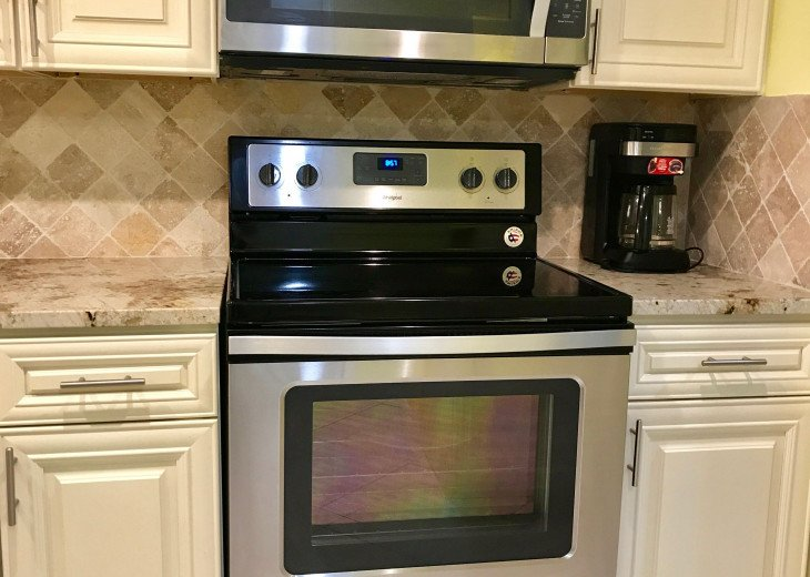 $30,000 REMODEL, NEW GRANITE, KITCHEN BATH CABINETS, STAINLESS STEEL APPLIANCE #7