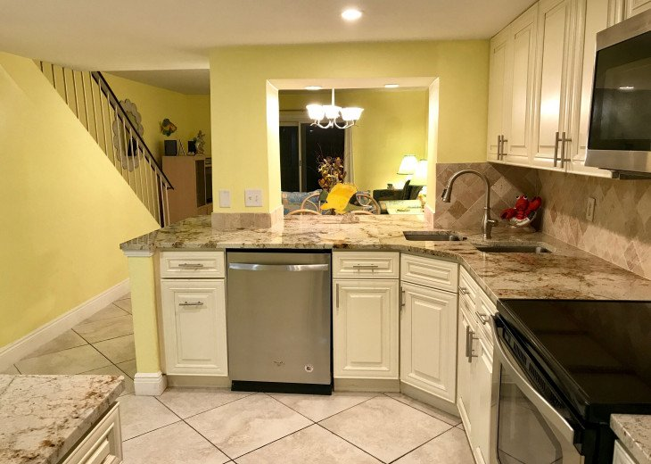 $30,000 REMODEL, NEW GRANITE, KITCHEN BATH CABINETS, STAINLESS STEEL APPLIANCE #11