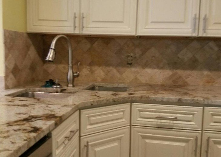 $30,000 REMODEL, NEW GRANITE, KITCHEN BATH CABINETS, STAINLESS STEEL APPLIANCE #32