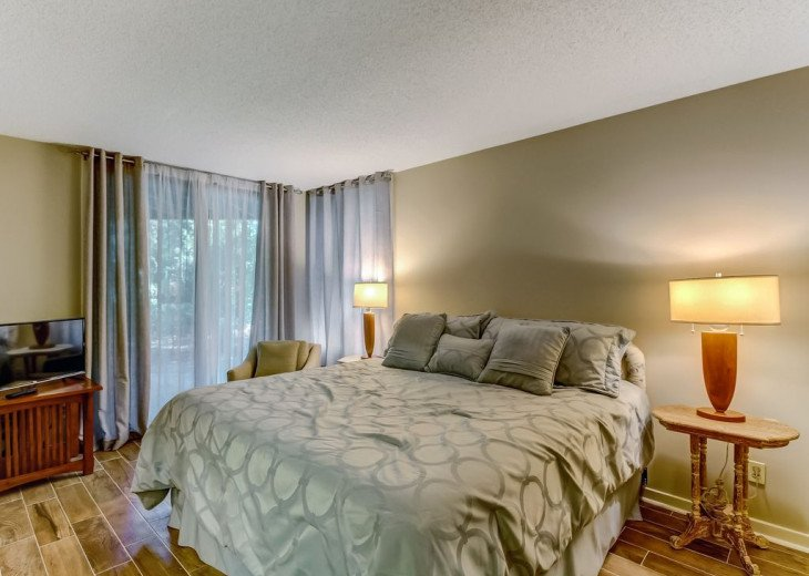 DESIRABLE OCEANSIDE PET FRIENDLY WITH FREE WIF #18
