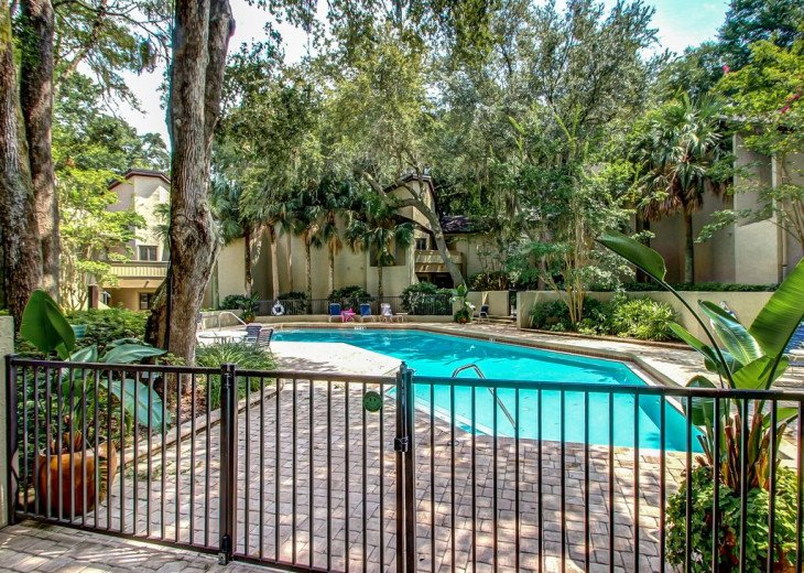 DESIRABLE OCEANSIDE PET FRIENDLY WITH FREE WIF #35