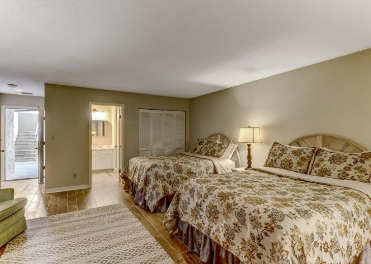 DESIRABLE OCEANSIDE PET FRIENDLY WITH FREE WIF #26