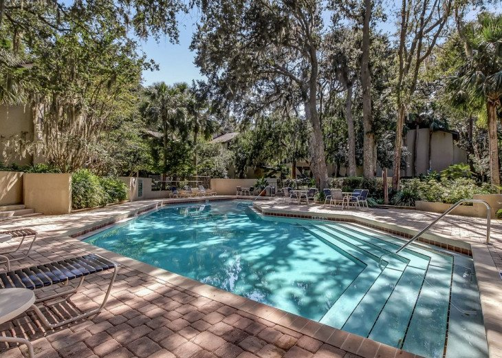 DESIRABLE OCEANSIDE PET FRIENDLY WITH FREE WIF #30