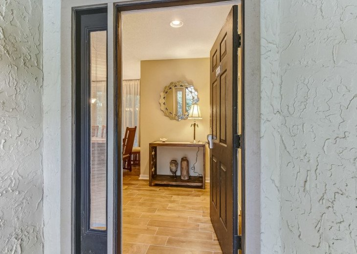 DESIRABLE OCEANSIDE PET FRIENDLY WITH FREE WIF #5